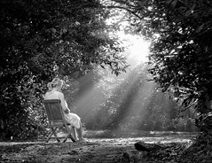 Transcendental musings. Explore (eddieELM) Tags: morning trees ireland portrait blackandwhite woman girl monochrome female forest sunrise canon garden morninglight model chair woods glow feminine mother picasa surreal pregnant explore ethereal blonde pensive romantic serene 1740mm radiant irlanda irlande monaghan nightdress oldchair 600d morningrays zavinta eos600d rebelt3i kissx5 eddieelm