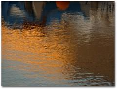 Marine impressionniste (Véronique Delaux On/Off) Tags: france reflection art port harbor interesting south montpellier multicolored reflets 2009 folds sud sète photographe multicolore plissements véroniquedelaux créatitudesnolimits »véroniquedelaux» delaux «photographemontpellier»