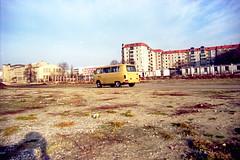Potsdamer Platz 1991_10 (lunamtra) Tags: berlin scan ddr 1991 barkas farbnegativ