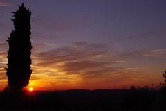zIMGP1226 : Coucher de soleil - Via Mezzano - Strada in Chianti (vince_68) Tags: sunset florence strada italia cloudy via tuscany chianti firenze toscana toscane mezzano
