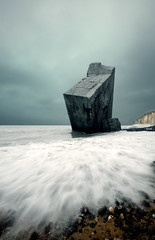 Bunker (A-lain W-allior A-rtworks) Tags: ocean sea mer gris nikon long exposure sigma atlantic bunker nd normandie 1020mm filters falaise blockhaus filtre 10mm neutre d300s mygearandme