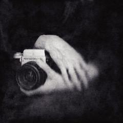 The PhotograpHer (Arslan Ahmedov) Tags: white black 120 6x6 hands photographer bulgaria medium pentacon kiev6c arslanahmedov