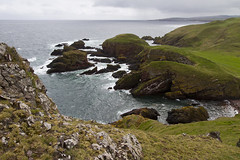 Last walk in Scotland - St Abbs Head (webted) Tags: storm cold church birds yellow scotland waves wind hiking walk vogels zee hike cliffs geel wandeling koud schotland rotsen kerkje golven stabbs stabbshead koolzaad kliffen hardewind