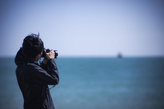 Shooting (onigiri-kun) Tags: blue sea pentax k5 tomakomai  carlzeissplanartf1485mm