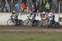 Underway! (Richard Amor Allan) Tags: bike mud bikes cycle stokeontrent rider speedway cycles riders motorcyles scunthorpesaints stokepotters loomerroad