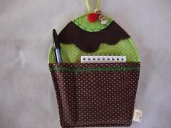 Porta - recados cupcake, chocolate com menta (Teresa Aquino Soranso) Tags: cupcake portarecados