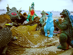 (zilladon) Tags: beach toys kaiju japanesemonsters