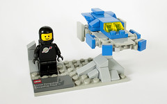Lunar Dropship and Pilot (roger brickjet) Tags: classic lego space planet sw