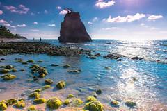 Discover Sabah | Pantai Batu Luang (Sazali Suzin) Tags: seascape nature beautiful nikon scenery rocks naturallight bluesky malaysia borneo nikkor sabah pantai d800 2470mm kualapenyu hotafternoon greenalga malaysiaphotographer
