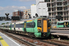 Govia Southern Trains . 377 214 . East Croydon Station , South London . Monday 16th-May-2016 . (AndrewHA's) Tags: london station electric train south railway trains class east southern multiple emu dual derby croydon voltage unit bombardier 377 electrostar govia 377214