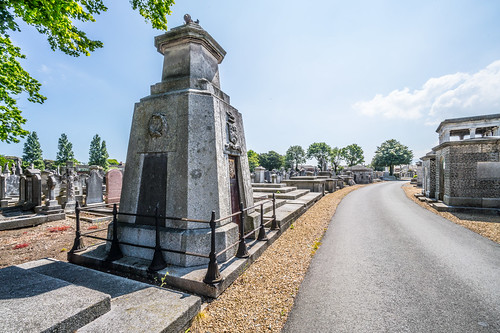 MOUNT JEROME CEMETERY AND CREMATORIUM IN HAROLD'S CROSS [SONY A7RM2 WITH VOIGTLANDER 15mm LENS]-117009