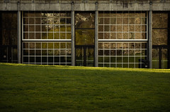 Famous public squares. (Der Urbanist) Tags: seattle door abstract reflection window wall architecture facade washington fenster lawn wiese architektur wa tr seattlecenter fassade mauer