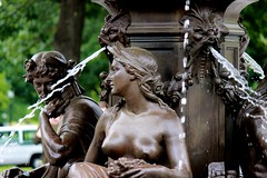 Classic beauty. (davidpompel) Tags: fountain boston canon statuary bostoncommon