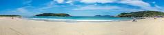 Praia das Conchas - Cabo Frio (Jhonnilo) Tags: blue brazil sky panorama praia beach rio azul brasil de sand cabo rj janeiro areia cu das frio banho conchas amarela enseada