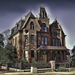 HAUNTED HOUSE ON MILLIONAIRES' ROW (NC Cigany) Tags: street house color abandoned home virginia mainstreet sinister gothic evil historic haunted creepy danville va boardedup thesouth mansion nationalgeographic redbrick millionairesrow 20091127