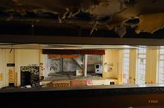 Fin de l'acte (B.RANZA) Tags: trace histoire waste sanatorium hopital empreinte exil cmc patrimoine urbex disparition abandonedplace mémoire friche centremédicochirurgical