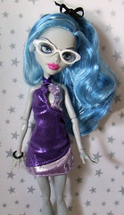 FGhouliaSparkle (dorriebelle) Tags: barbie mattel alterations 1fan fearleader ghouliayelps monsterhighdolls baddollsewing