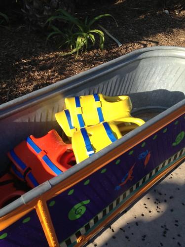 texas shade lifejackets waterpark waterslides wavepool sandybeaches watersafety shadyspots aquaticaatseaworldsanantonio zeroentrypools poolsafetyforkids