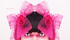 Psicodelia en rosa (Las fotos de Alazne) Tags: pink portrait selfportrait color colour face canon ego eyes retrato yo rosa ojos autorretrato
