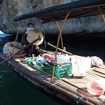 "Floating Snack Lady <a style=""margin-left:10px; font-size:0.8em;"" href=""http://www.flickr.com/photos/14315427@N00/7268274720/"" target=""_blank"">@flickr</a>"