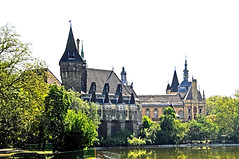 Hungary-0155 - Vajdahunyad Castle (archer10 (Dennis)) Tags: wood bridge castle nikon opera hungary tour budapest free cardboard dennis jarvis cosmos 2012 d300 iamcanadian vajdahunyad 18200vr freepicture 70300mmvr dennisjarvis archer10 dennisgjarvis