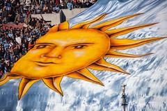 ¡QUÉ SOL! | Dueños de América  | Explored: Jun 2, 2012 #69 and U.S. Yahoo! Editorial  | 120602-1671-jikatu
