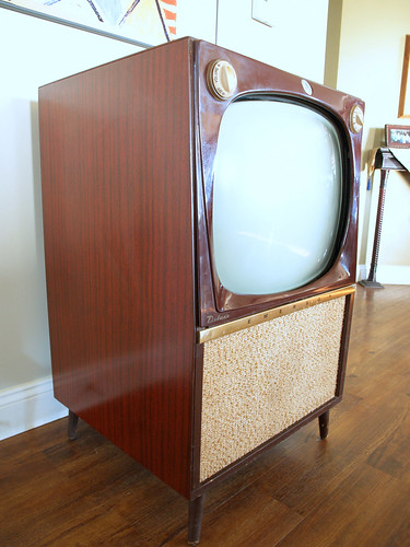 Vintage CONSOLE TV SET // Mid Century Modern Television Big Wooden Furniture  Cabinet Made By
