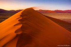 Blowing Away ~ Namibia (Martin Sojka .. www.VisualEscap.es) Tags: zeiss canon evening twilight sand dusk namibia namib dune45 sossuvlei sossus naukluft 5dii zeiss18 distagon1835ze