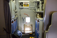 2016_04_06 American Airlines 727 restoration-17 (jplphoto2) Tags: cabin interior americanairlines boeing727 kbfi americanairlines727 jeremydwyerlindgren jdlmultimedia boeing727cabin