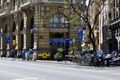 EDIFICI DEL COLLEGI D'ENGINYERS INDUSTRIALS (Yeagov C) Tags: barcelona arquitectura catalunya 1922 2016 vialaietana caixadenginyers collegidenginyersindustrials antoniferrater