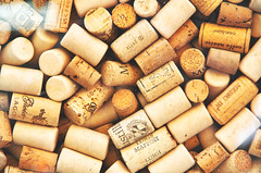 IMGP3466_1 (maurizio siani) Tags: light italy colore estate pentax napoli naples colori insieme luce oggetti vino gruppo bottiglie bere 2016 stappare tappi sughero k30 brindare