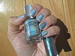 Angel Kiss (Color Club) + Daring (Hits) (Raabh Aquino) Tags: verde green nails unhas holographic multichrome hologrfico holosexual