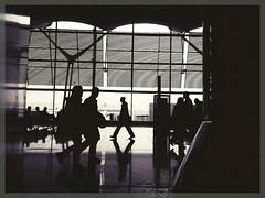 Baraja's airport (sergio.pereira.gonzalez) Tags: madrid blancoynegro blackwhite airport spain noiretblanc samsung espana aeropuerto espagne t4 terminal4 baraja aroport sergiopereiragonzalez