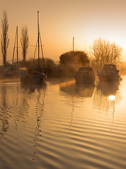 Into the sun...... (Chrisconphoto) Tags: morning mist river dawn dorset jurassic intothesun wareham jurassiccoast goodlight
