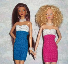 Barbie Basics pair (KasiesCloset) Tags: model crochet barbie muse mattel plasticpeople dollclothes dollfashion modelmuse handmadedollclothes steffieface ooakfashion dollsooak fashondolls barbiebasics crochcet handmadefashiondollclothes