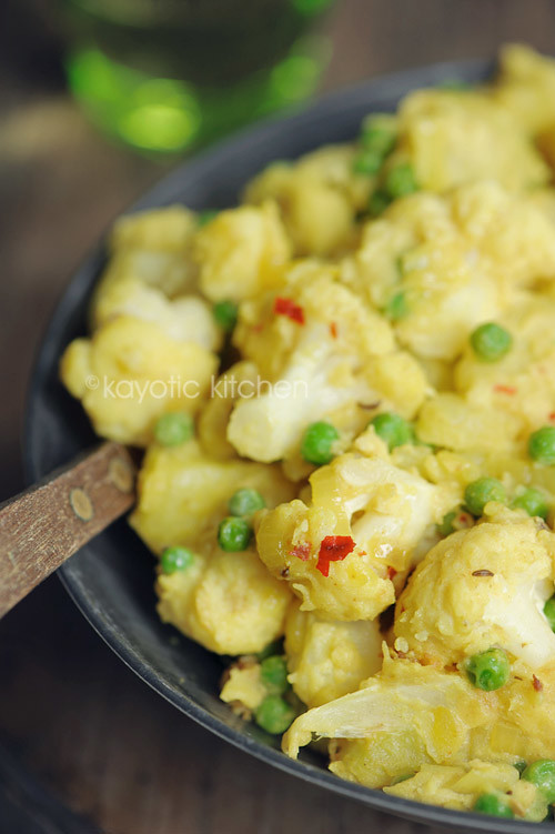 Potato, Cauliflower & Pea Curry