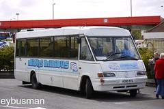 Micks Minibus H390SYG. (EYBusman) Tags: bus mercedes benz coach buckinghamshire rover trent independent reid petrol newark total micks services nottinghamshire minibus chesham optare minicoach 811d starider eybusman h390syg