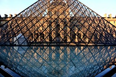 Louvre Pyramid Detail (Paris, France) (runintherain) Tags: paris france detail water glass buildings reflections europe louvre buildingdetail museums franais musedulouvre louvrepyramid louvrepalace canonxsi canon450dxsi runintherain