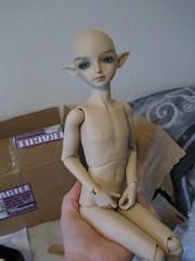 Handheld Boy (Haru Face) Tags: doll song bjd bobobie resinsoul