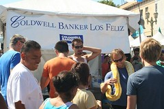 "2011 Los Feliz Street Fair • <a style=""font-size:0.8em;"" href=""http://www.flickr.com/photos/51372061@N02/7269687226/"" target=""_blank"">View on Flickr</a>"