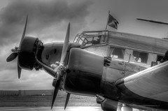 Ju 52  D-AQUI (Michis Bilder) Tags: old white black berlin airplane photography aircraft aviation sw monochrom propeller ju 52 deutsche daqui junkers photomatix schwarzweis lufthansastiftung