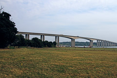 Orwell Bridge (Leo Reynolds) Tags: bridge canon eos iso100 7d f95 18mm 0006sec hpexif leol30random xleol30x