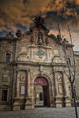 Universidad (JC Arranz) Tags: españa arquitectura edificio nubes universidad cataluña barroco cervera lérida