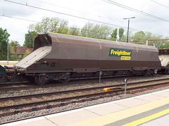 370034 at northampton (47604) Tags: wagon northampton coal hopper hha 370034