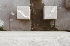 (Pheral Lamb) Tags: park film wall canon walking concrete jumping fuji michigan footprints barefeet blocks lookingdown flint genesee flintriver expiredfilm whitepaint 28105 npz800 eosa2 steppingstonesfalls