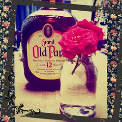 rose scotch oldparr android smartphone (Photo: kokemomiji on Flickr)