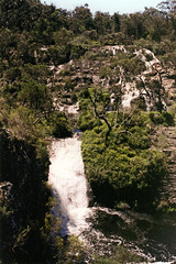 Waterfall (Stefan Ulrich Fischer) Tags: 35mm waterfall outdoor oz australia slide scanned outback analogue southaustralia downunder kodakektachrome minoltaxd7
