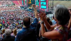 Stimmung! (Ulrike Parnow) Tags: brings silberhochzeit rheinenergiestadion jubiläumskonzert 25jahre