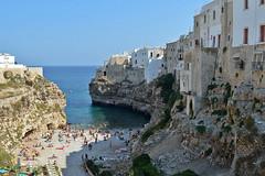 Polignano a Mare, la spiaggia Lama Monachile (Valerio_D) Tags: italy italia 1001nights puglia polignanoamare calaporto lamamonachile 1001nightsmagiccity 2015estate spiaggialamamonachile spiaggiacalaporto