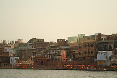 Vishram Ghat, at Mathura (ilovethirdplanet) Tags: india waterfront mathura ind uttarpradesh